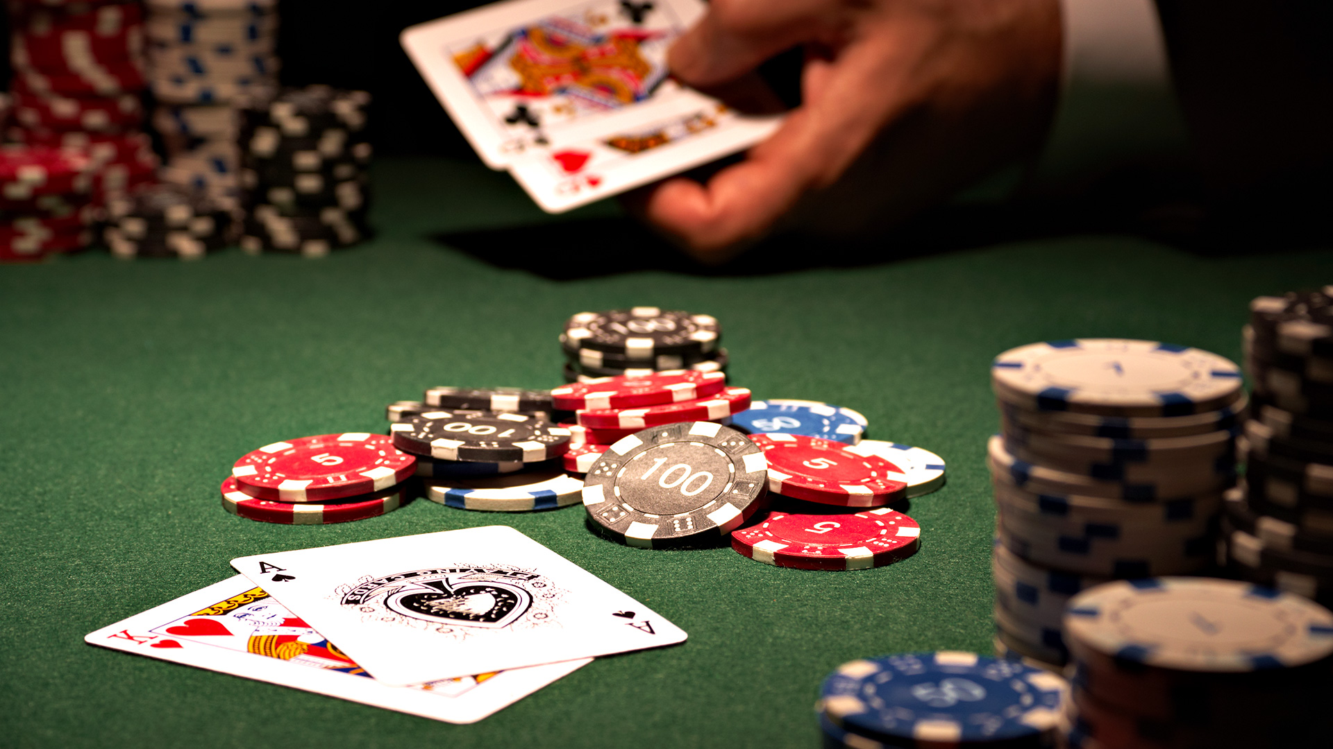 Best things to be know about online poker site!